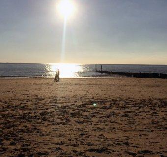Een verfrissende strandwandeling: ook in de herfst richting de Zeeuwse kust